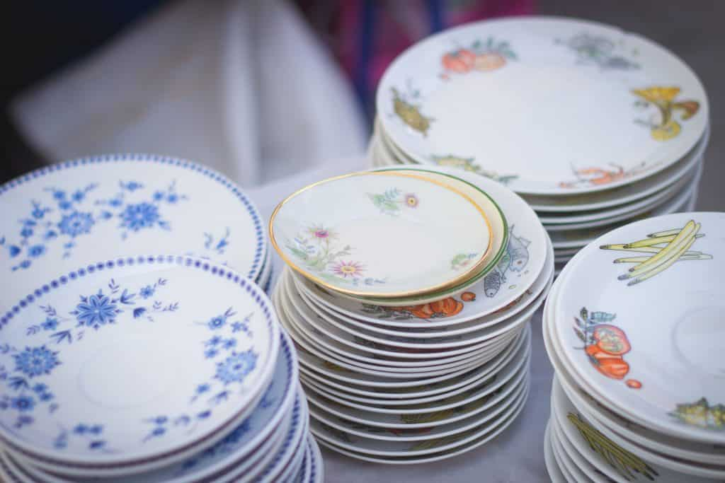 Dinner Plate items to sell on eBay
